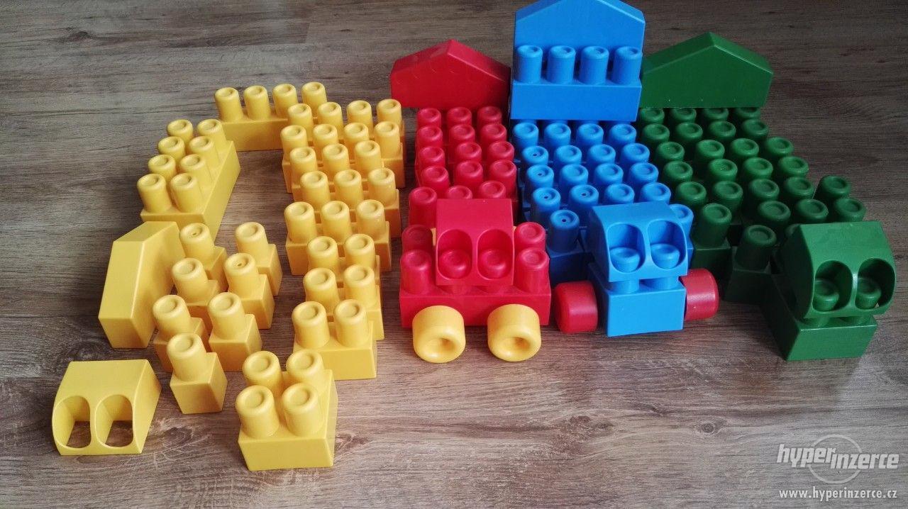 Kostky plastové - foto 1