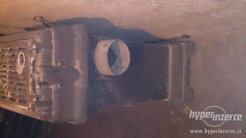 Starožitná litinová kamna SFINX1
