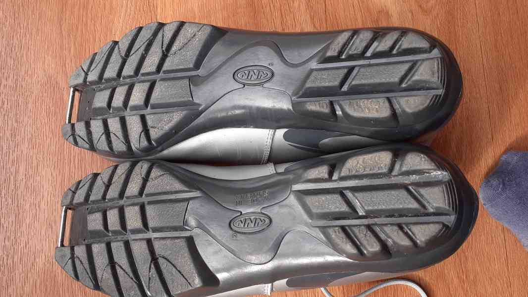 boty na bezky 39 a 45 - foto 5