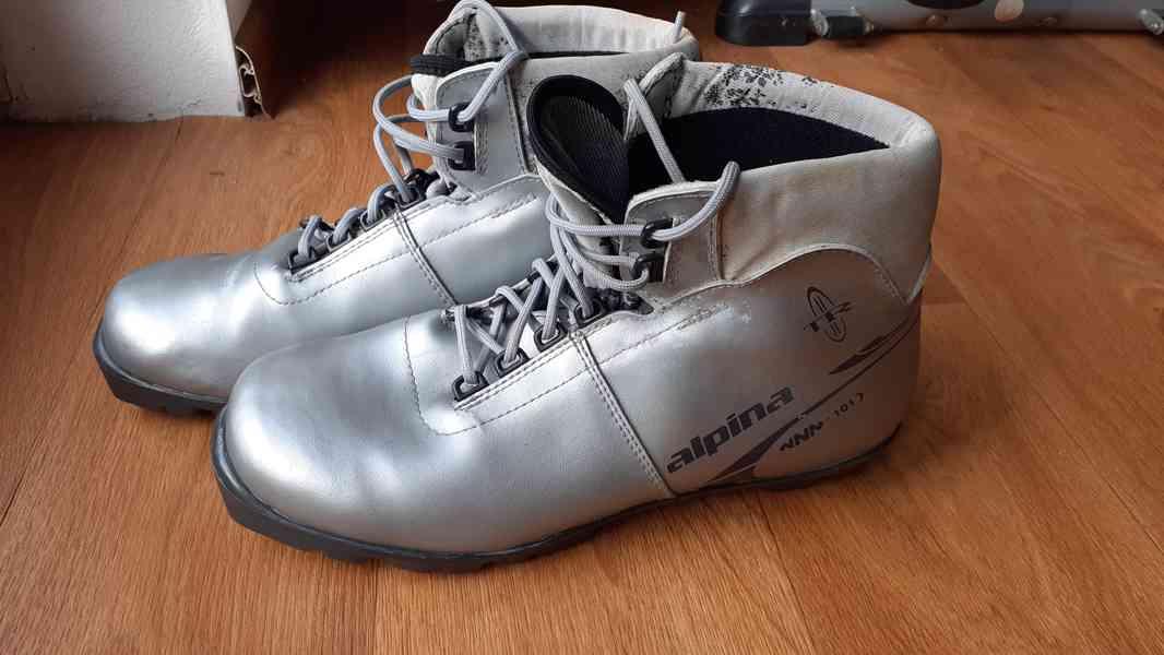 boty na bezky 39 a 45 - foto 4