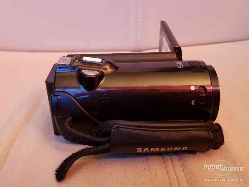 Full HD kamera Samsung HMX-H200 20xOZ - foto 3