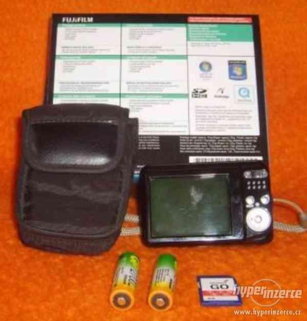 Fujifilm FinePix AX200 - foto 4