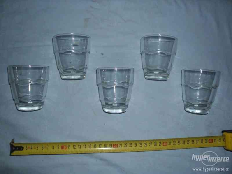 5 ks starých skleniček