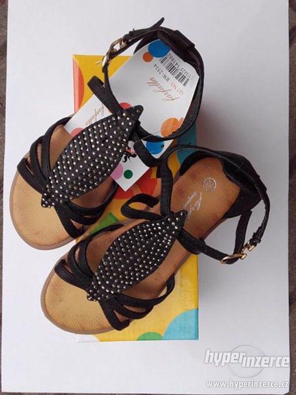 Dívčí sandálky černé - foto 2