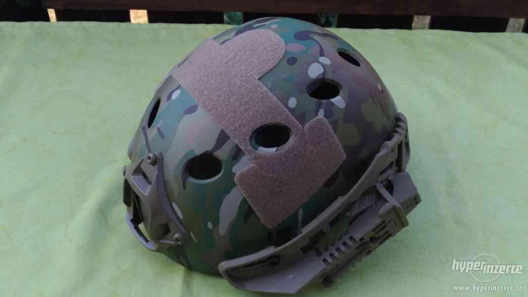 helma včetně masky - foto 2