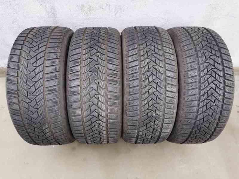 235/45R18 98V Dunlop Winter Sport 5 zimní pneumatiky 9,5mm