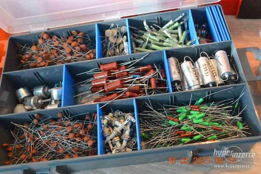 Plastová krabička - organizér 250 x 160 x 45 mm - pro kutily - foto 2