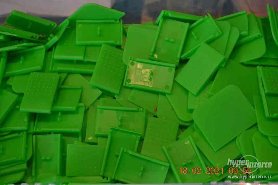 Plastová krabička - organizér 250 x 160 x 45 mm - pro kutily - foto 18