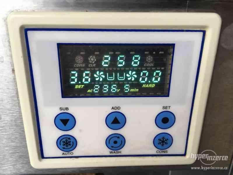 Zmrzlinový stroj s nášlehem BQ332N - foto 3