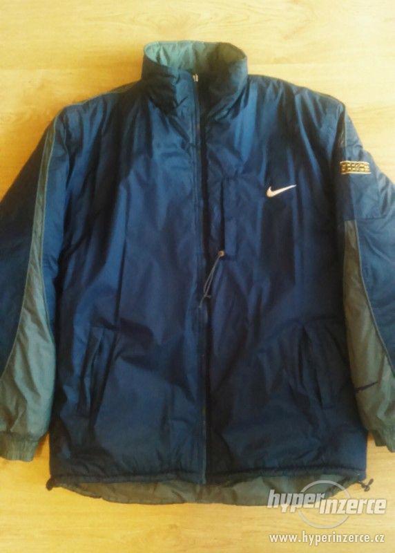 Zimní bunda Nike oboustranná
