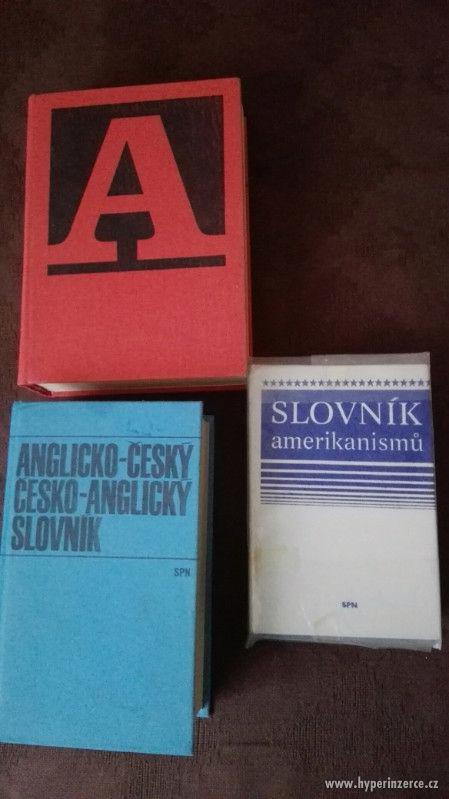 Prodám Anglicko-české, česko-anglické slovníky