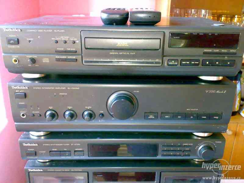TECHNICS Sestava Zesilovač,Tape Deck,CD Player,FM Tuner.