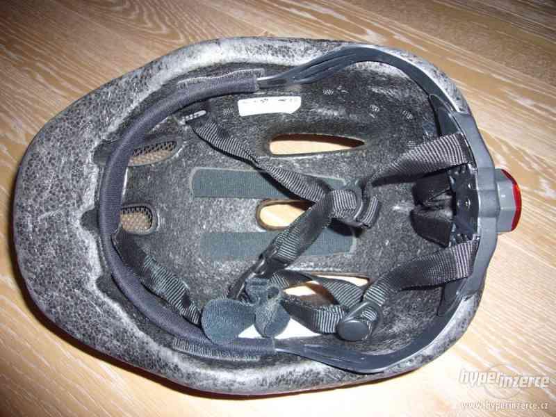 Cyklistická přilba DERBY, zn. ETAPE, vel. S/M (52-57cm) - foto 2