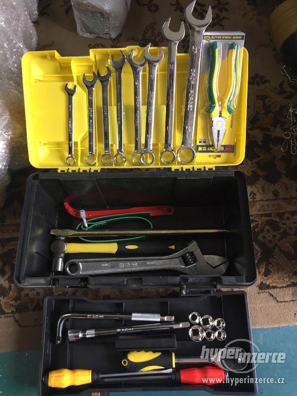 Box s nářadím, plastový kufřík s nářadím CRONIMO - foto 5