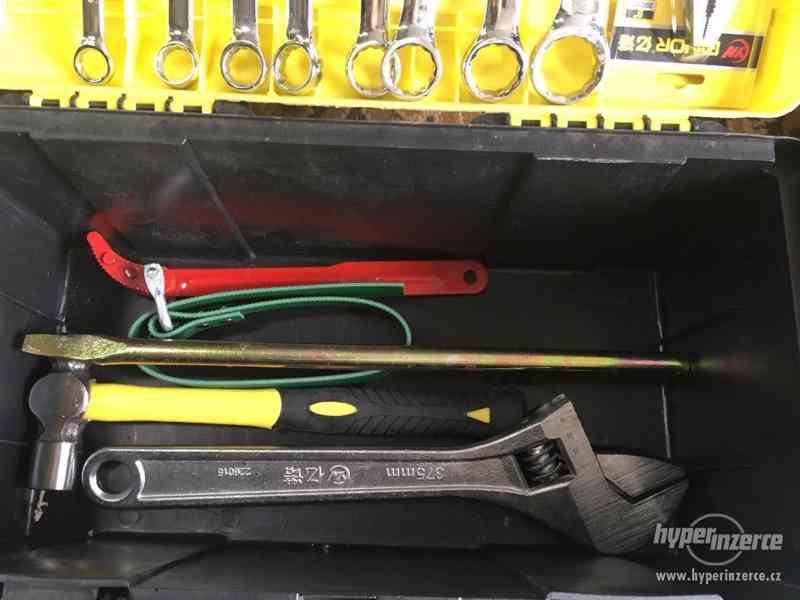 Box s nářadím, plastový kufřík s nářadím CRONIMO - foto 3