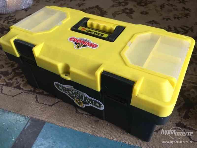 Box s nářadím, plastový kufřík s nářadím CRONIMO - foto 4