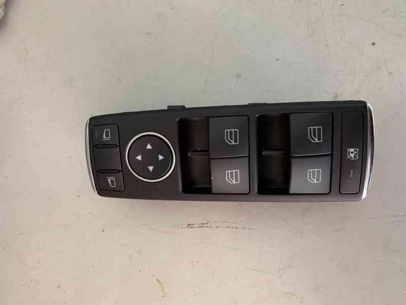 Ovládání oken Mercedes Benz