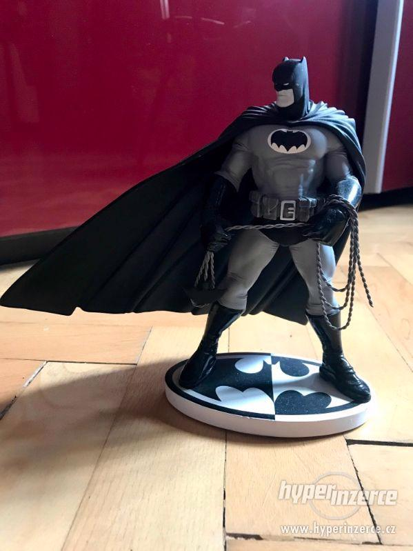 Figurka Batman kolekce Day and Night. - foto 1