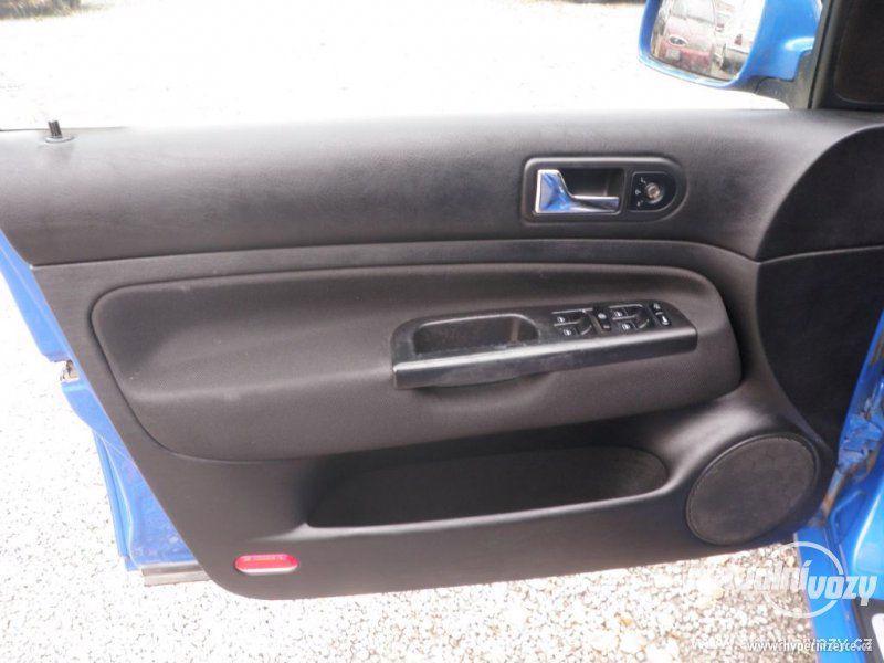 Volkswagen Golf 1.6, benzín, vyrobeno 2000, el. okna, STK, centrál, klima - foto 6