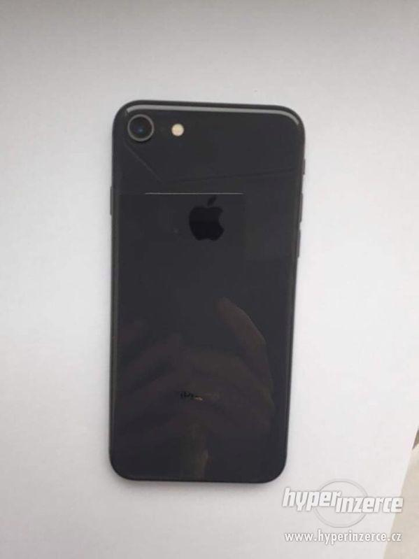 iPhone 8 64GB space gray - foto 4
