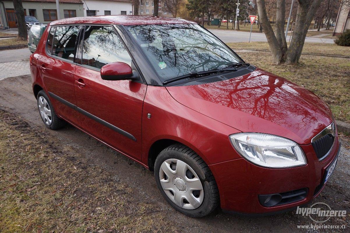 Škoda fabia II 1,2 HTP benzín - foto 1