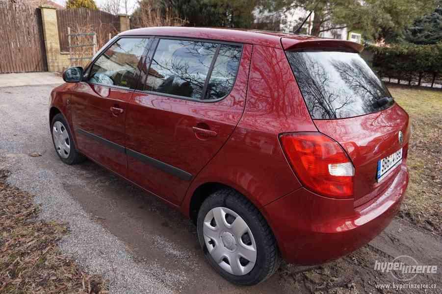 Škoda fabia II 1,2 HTP benzín - foto 3