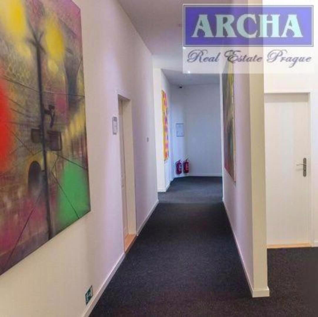 Nájem 2x kancelář (25,1 m2 + 20,5 m2), přízemí, Praha 9 Vyso - foto 1