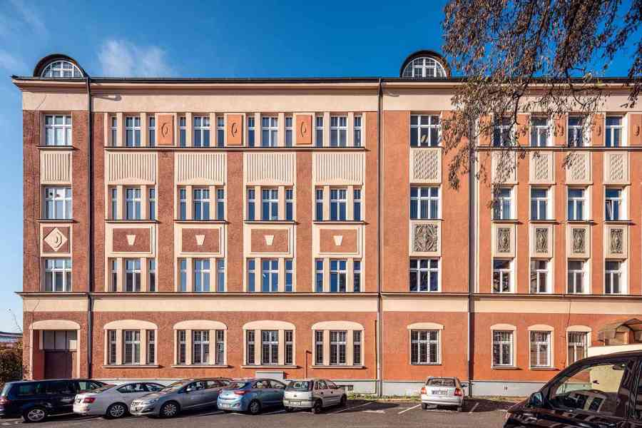 Nájem 2x kancelář (25,1 m2 + 20,5 m2), přízemí, Praha 9 Vyso - foto 5