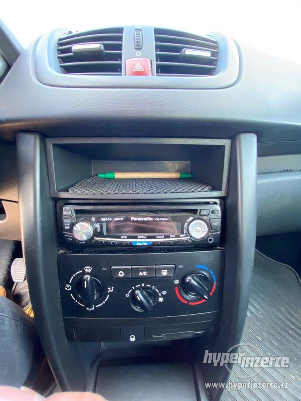 Peugeot 207 SW 1.6 HDI 66kw - foto 6