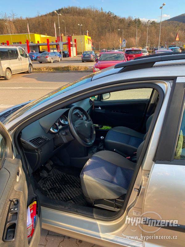 Peugeot 207 SW 1.6 HDI 66kw - foto 14