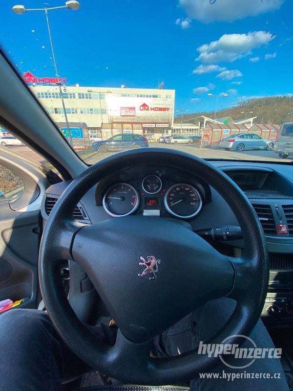 Peugeot 207 SW 1.6 HDI 66kw - foto 16