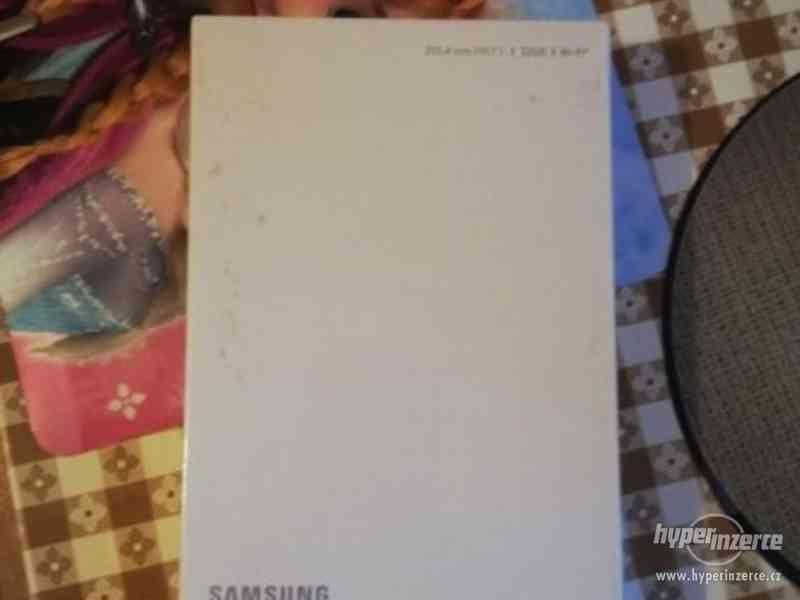 tablet samsung  nový!!!!
