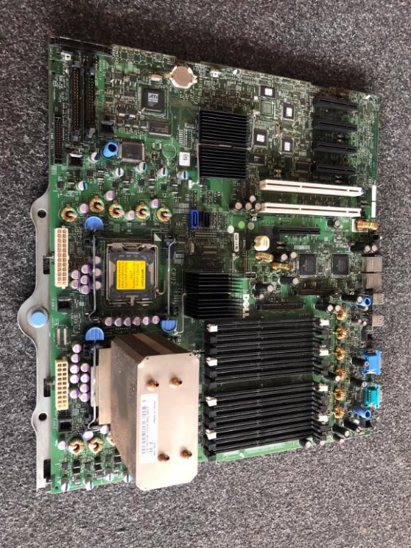 Základní deska Dell Poweredge 2900 III