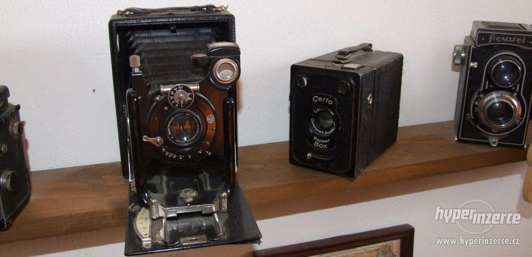 Sbírka retro fotoaparátů a příslušenství - foto 2