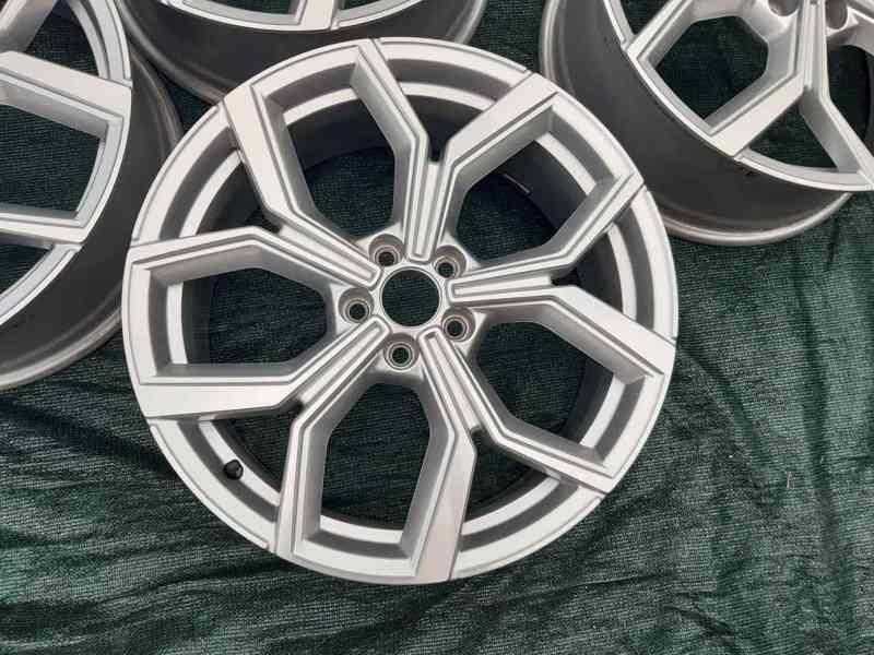 Alu disky R18 Volkswagen Polo Tcross 5x100 - foto 2