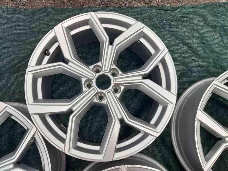 Alu disky R18 Volkswagen Polo Tcross 5x100 - foto 4