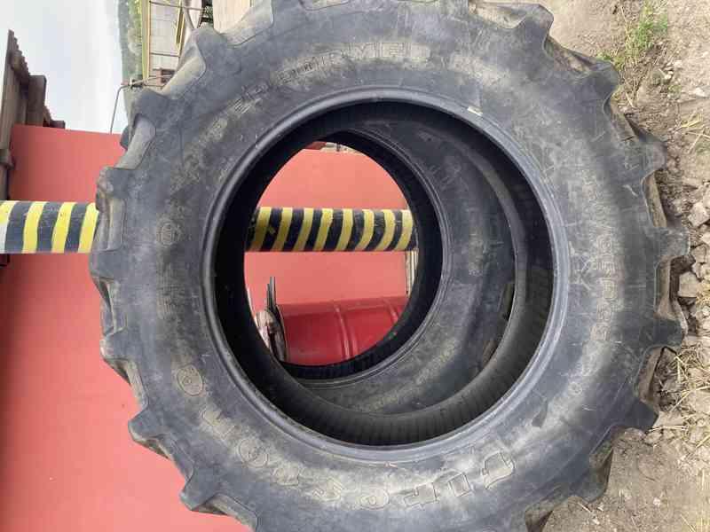 Prodám pneumatiky  460/85 R38  na Zetor 8011