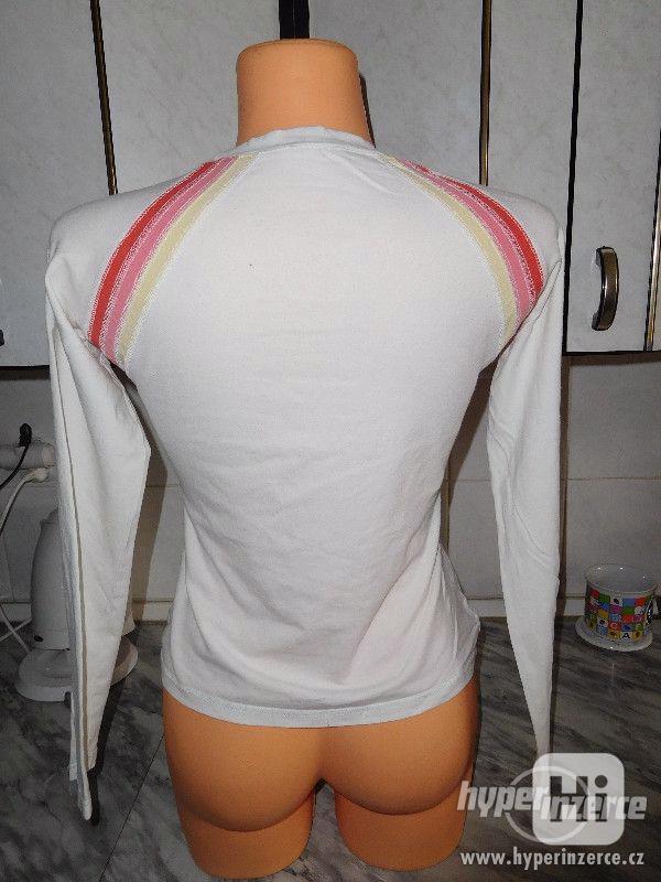 dámské triko do pasu - foto 2