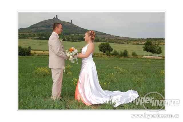 Svatební šaty 2 v 1