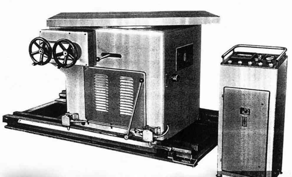 Stůl otočný pro frézování modelů o velkém průměru 12A611-72