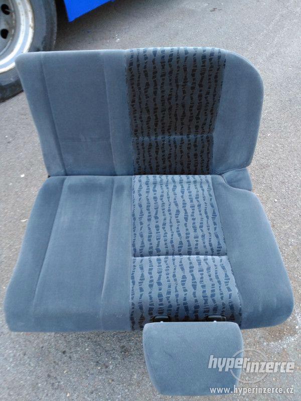 Felicia pěkné zachovalé sedačky GLX-sada