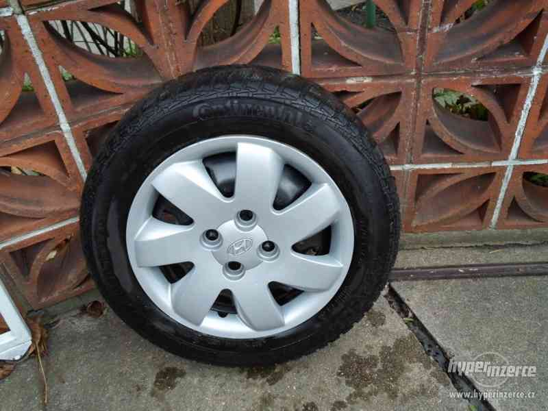 prodám pneumatiky
