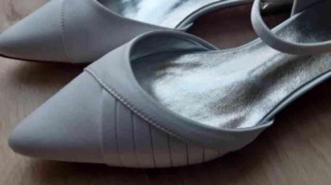 Dámské sandály - bílé - foto 3