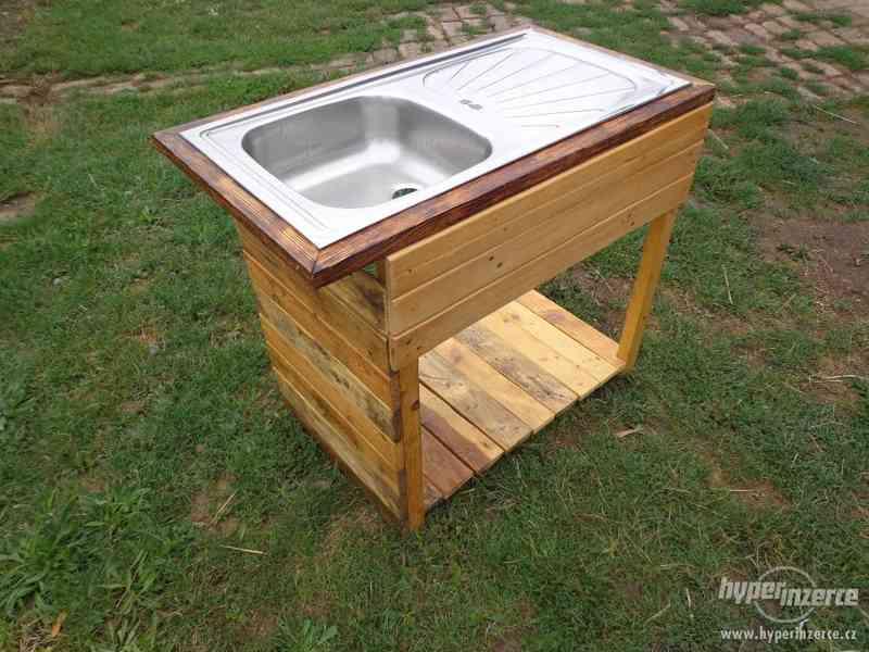 Dřevěný nábytek na zakázku RYCHLE, LEVNĚ - foto 6