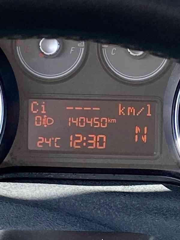 Fiat Grande Punto EVO 1,4  - foto 13