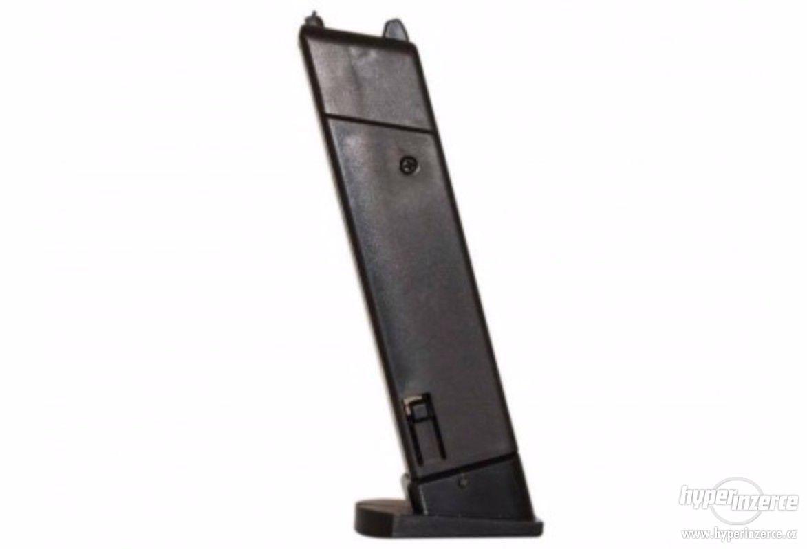 Zásobník Airsoft Beretta M9 World Defender ASG - foto 1
