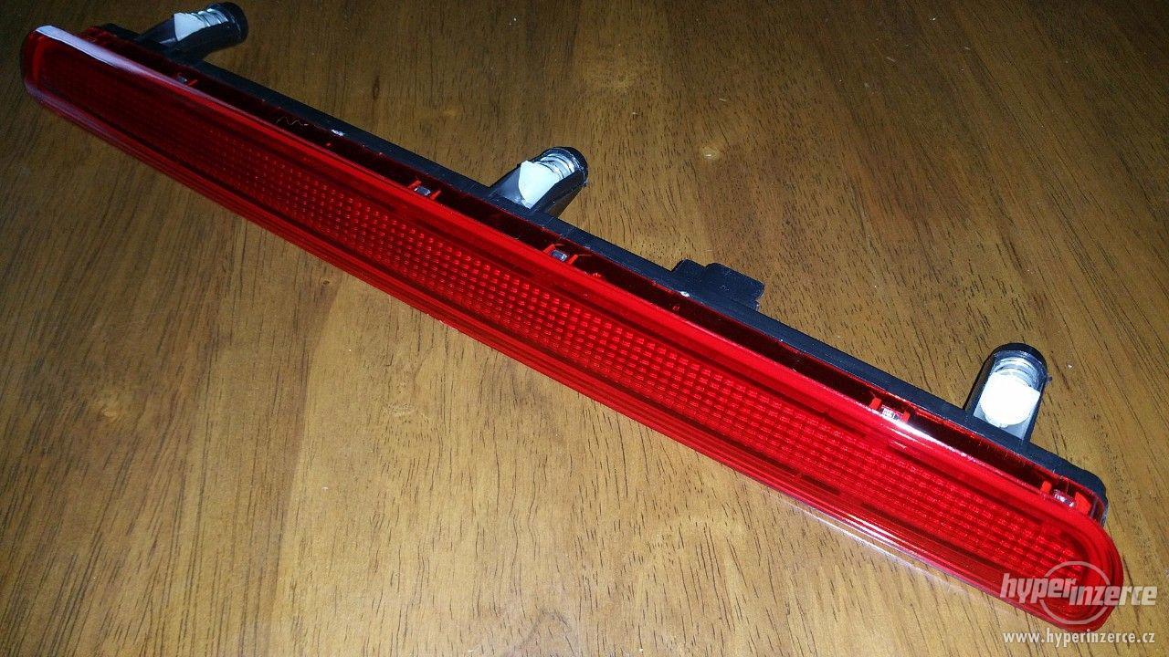 Třetí brzdové světlo pro VW T5 - foto 1