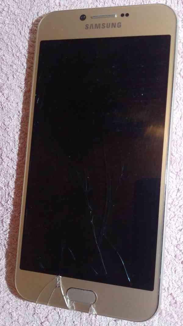 Samsung A8 +Huawei Y5 II +Apple iPhone SE -k opravám!!! - foto 2