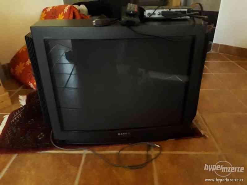 Televize Sony Trinitron + settopbox