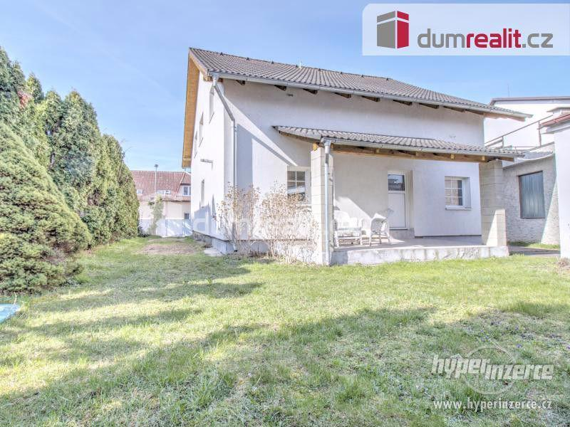 Pronájem rodinného domu se zahradou, 180 m2, 7+2kk, Praha 4 - Šeberov,